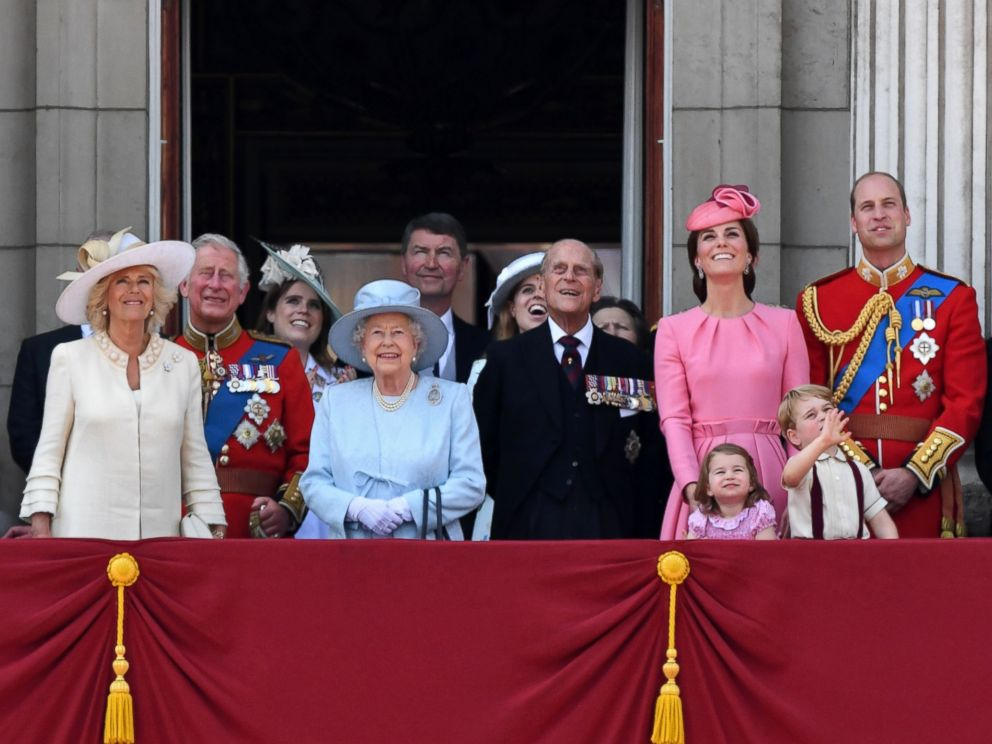 PHOTO: Members of the Royal Family stand on the balcony of Buckingham Palace to watch a fly-past of aircraft by the Royal Air Force, in London on June 17, 2017.