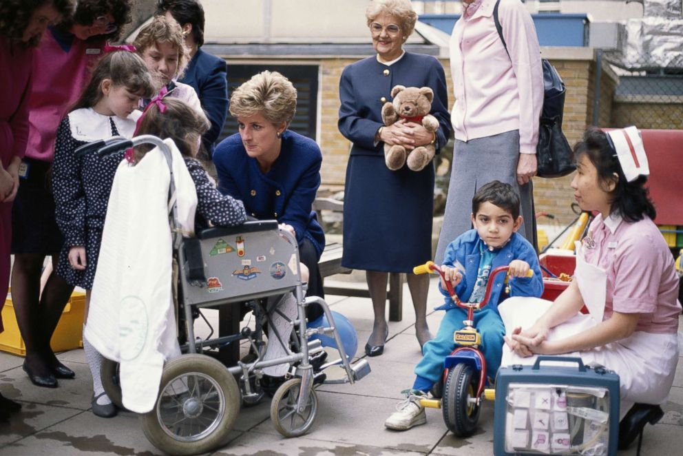 PHOTO: Princess Diana speaks with patients at the Great Ormond Street Childrens hospital in London, March 1991.