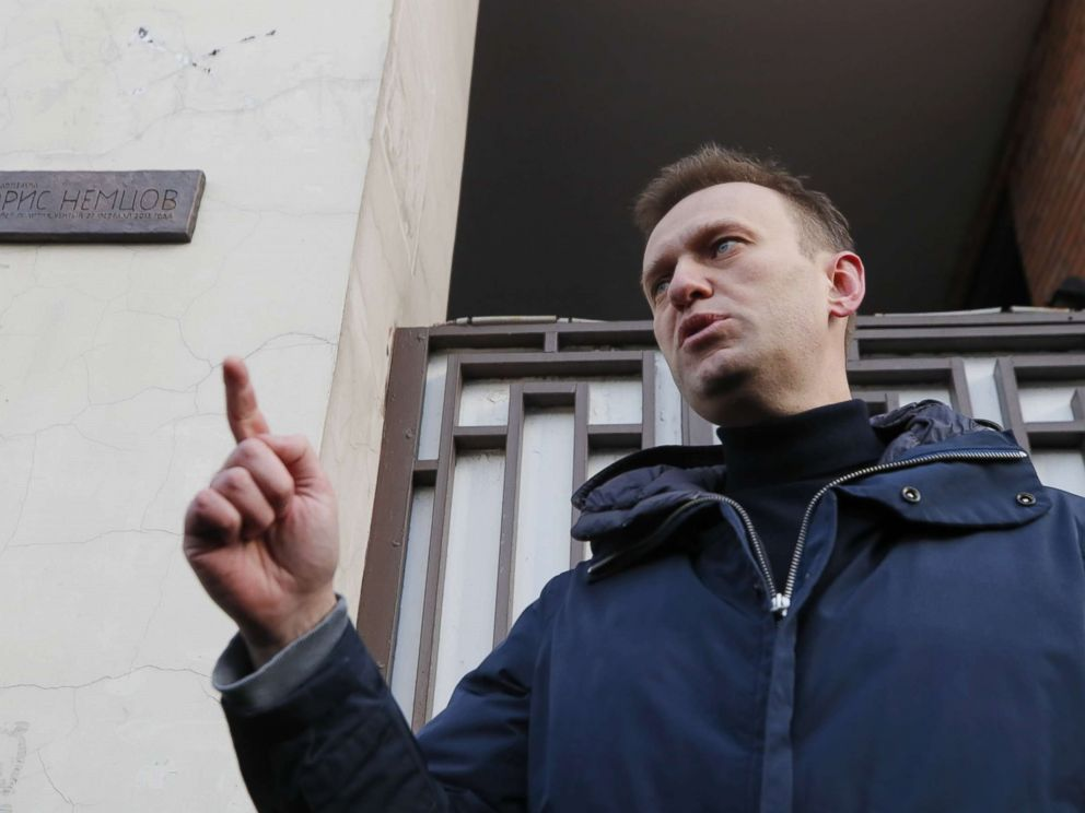 PHOTO: Russian opposition leader Alexei Navalny delivers a speech near a commemorative plaque in honor of slain Russian opposition figure Boris Nemtsov during a ceremony in Moscow, March 17, 2018.