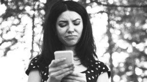 Therapists Explain 10 Ways to Cope With Heartbreak (+ 10