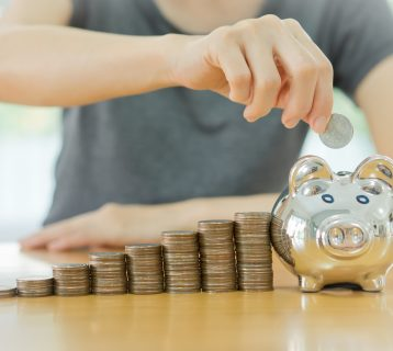 11 Ways to Save Money in College (That You Can